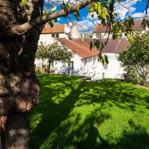 Jardin maison hôtes Beynes